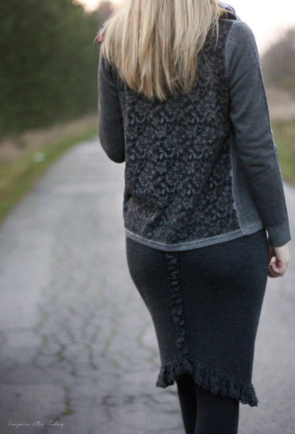 Copenhagen luxe cardigan by birdie scarf 1