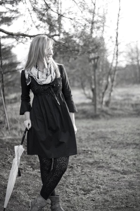 OddMollyCrockett-dress_Mojo3