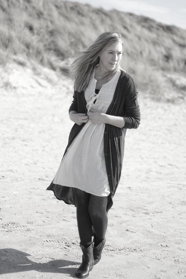 Catarina-martins-boots-oddmolly-dress2