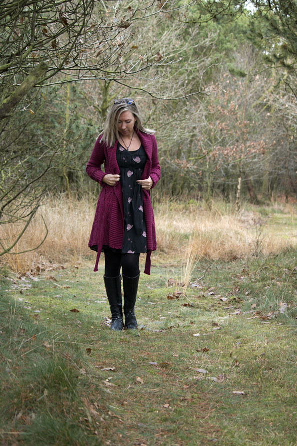 odd-molly-boots-dress-cardigan-4