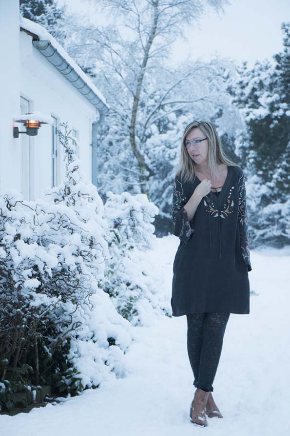 odd-molly-dress-snow-4