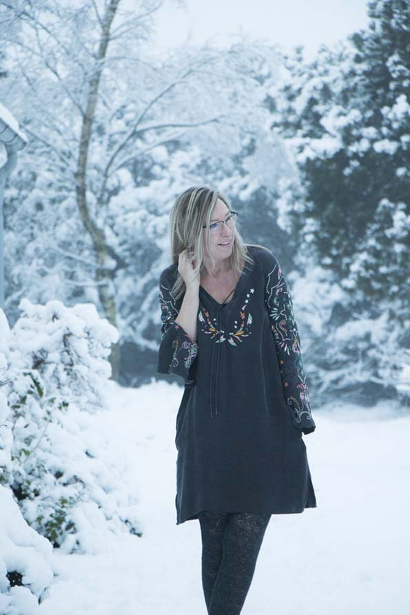 odd-molly-dress-snow-6